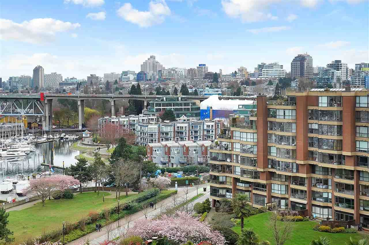 Main Photo: 904 1450 PENNYFARTHING Drive in Vancouver: False Creek Condo for sale (Vancouver West)  : MLS®# R2557710