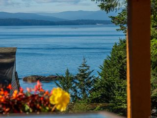 Photo 1: 3721 Privateers Rd in : GI Pender Island House for sale (Gulf Islands)  : MLS®# 854926