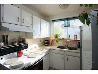 Photo 2: 18 740 BRACEWOOD Drive SW in CALGARY: Braeside_Braesde Est Townhouse for sale (Calgary)  : MLS®# C3586408