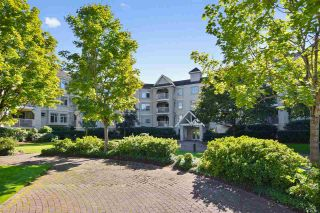 """Photo 2: 313 20894 57 Avenue in Langley: Langley City Condo for sale in """"BAYBERRY LANE"""" : MLS®# R2554939"""