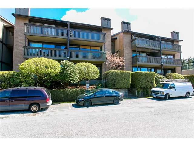 """Main Photo: 1009 OLD LILLOOET Road in North Vancouver: Lynnmour Condo for sale in """"Lynnmour West"""" : MLS®# V1060053"""