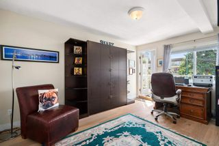 """Photo 26: 828 PARKER Street: White Rock House for sale in """"EAST BEACH"""" (South Surrey White Rock)  : MLS®# R2607727"""