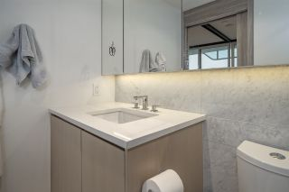 "Photo 12: 2508 89 NELSON Street in Vancouver: Yaletown Condo for sale in ""THE ARC"" (Vancouver West)  : MLS®# R2516690"