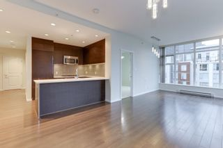 """Photo 7: 3006 3102 WINDSOR Gate in Coquitlam: New Horizons Condo for sale in """"CELADON"""" : MLS®# R2623900"""