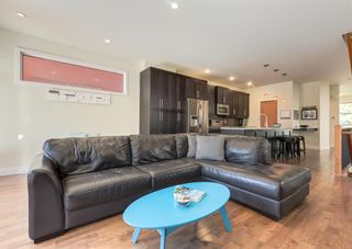 Photo 15: 3322 41 Street SW in Calgary: Glenbrook Detached for sale : MLS®# A1122385