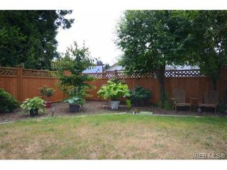 Photo 18: 735 Kelly Rd in VICTORIA: Co Hatley Park House for sale (Colwood)  : MLS®# 735095