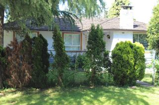 Photo 2: 14015 79A Avenue in Surrey: East Newton House for sale : MLS®# R2135122