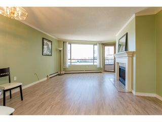 """Photo 3: 410 15111 RUSSELL Avenue: White Rock Condo for sale in """"Pacific Terrace"""" (South Surrey White Rock)  : MLS®# R2127847"""
