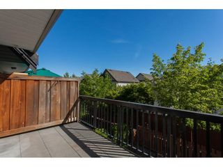 Photo 2: 26 19448 68TH AVENUE in Surrey: Clayton Townhouse for sale (Cloverdale)  : MLS®# R2199516