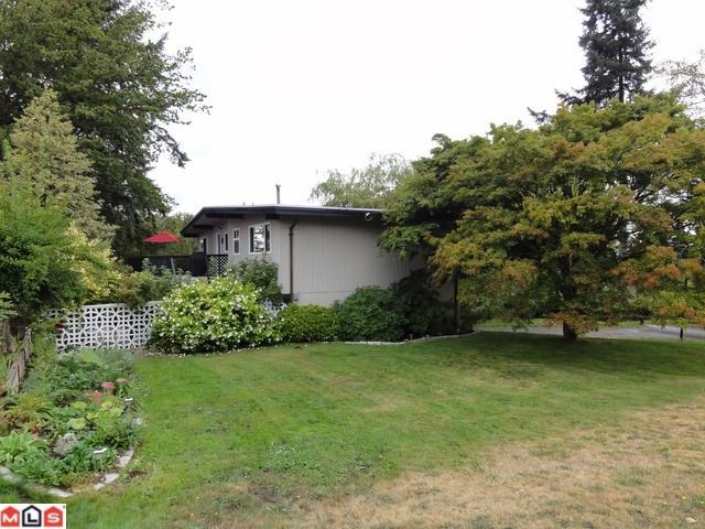 """Photo 18: Photos: 9791 115A Street in Surrey: Royal Heights House for sale in """"Royal Heights"""" (North Surrey)  : MLS®# F1123531"""