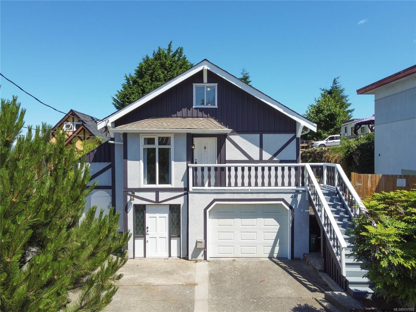 Main Photo: 49 Nicol St in : Na Old City House for sale (Nanaimo)  : MLS®# 857002