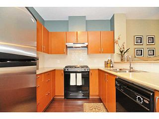 Photo 5: 407 4723 Dawson Street in Burnaby: Brentwood Park Condo for sale (Burnaby North)  : MLS®# V993827