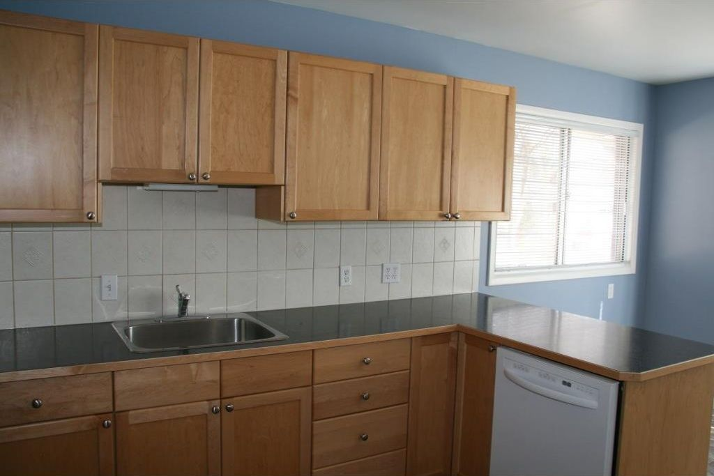 Photo 3: Photos: 5304 & 5306 7 Avenue SW in Calgary: Westgate Multi Unit for sale : MLS®# C4150515
