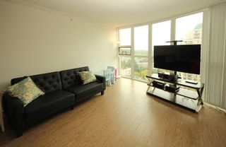 """Photo 3: 1304 1199 EASTWOOD Street in Coquitlam: North Coquitlam Condo for sale in """"THE SELKIRK"""" : MLS®# R2166032"""