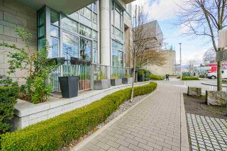 """Photo 27: 2 ATHLETES Way in Vancouver: False Creek Townhouse for sale in """"KAYAK-THE VILLAGE ON THE CREEK"""" (Vancouver West)  : MLS®# R2564490"""