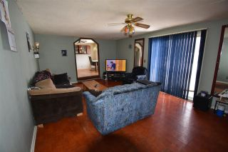 """Photo 9: 650 FIR Street in Quesnel: Red Bluff/Dragon Lake Manufactured Home for sale in """"RED BLUFF"""" (Quesnel (Zone 28))  : MLS®# R2546733"""