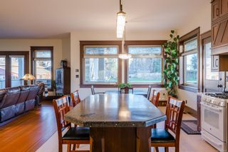 Photo 13: 3816 Stuart Pl in : CR Campbell River South House for sale (Campbell River)  : MLS®# 863307