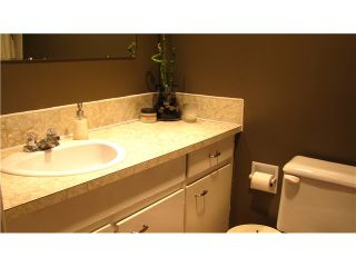 """Photo 8: 112 910 5TH Avenue in New Westminster: Uptown NW Condo for sale in """"GROSVENOR COURT"""" : MLS®# V856144"""
