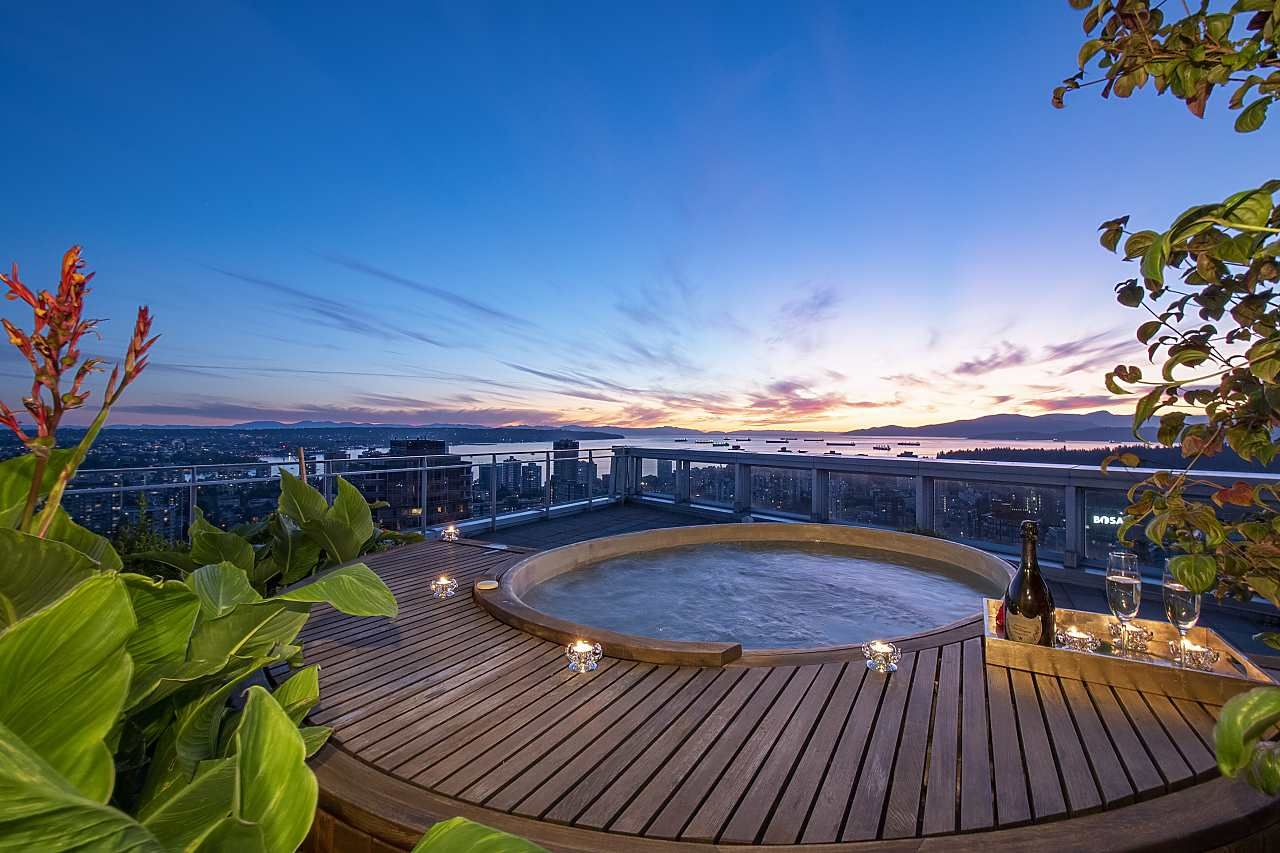 Main Photo: 3601 1499 WEST PENDER STREET in Vancouver: Coal Harbour Condo for sale (Vancouver West)