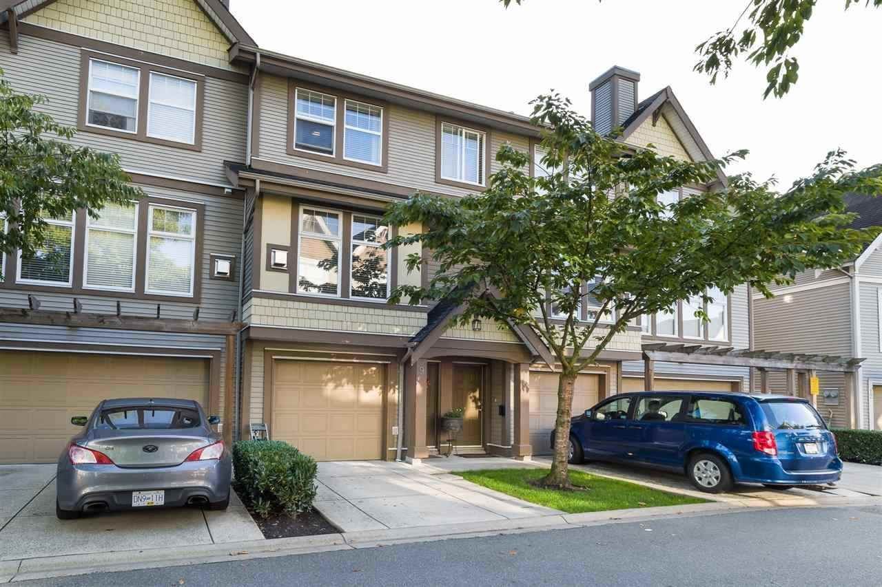 """Main Photo: 9 6588 188 Street in Surrey: Cloverdale BC Townhouse for sale in """"HILLCREST PLACE"""" (Cloverdale)  : MLS®# R2325458"""