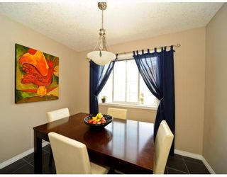 Photo 7: 25 COPPERFIELD Court SE in CALGARY: Copperfield Townhouse for sale (Calgary)  : MLS®# C3383561