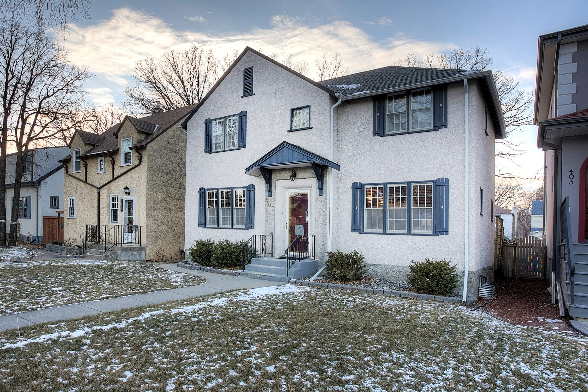 Main Photo: 407 Oxford Street in Winnipeg: River Heights North Single Family Detached for sale (1C)  : MLS®# 202028182