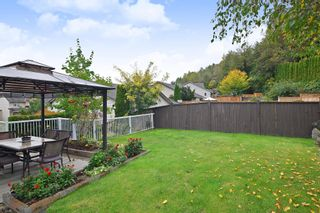 """Photo 19: 35579 TWEEDSMUIR Drive in Abbotsford: Abbotsford East House for sale in """"McKinley Heights"""" : MLS®# R2407472"""