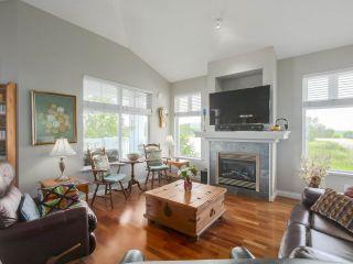 "Photo 2: 301 6263 RIVER Road in Delta: Neilsen Grove Condo for sale in ""RIVERHOUSE"" (Ladner)  : MLS®# R2383689"
