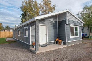 "Photo 1: 63 95 LAIDLAW Road in Smithers: Smithers - Rural Manufactured Home for sale in ""MOUNTAIN VIEW MOBILE HOME PARK"" (Smithers And Area (Zone 54))  : MLS®# R2410431"