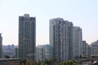 Photo 12: 1010 977 MAINLAND STREET in Vancouver: Yaletown Condo for sale (Vancouver West)  : MLS®# R2399694