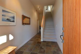 Photo 17: 5370 WAKEFIELD BEACH LANE in Sechelt: Sechelt District Townhouse for sale (Sunshine Coast)  : MLS®# R2409390