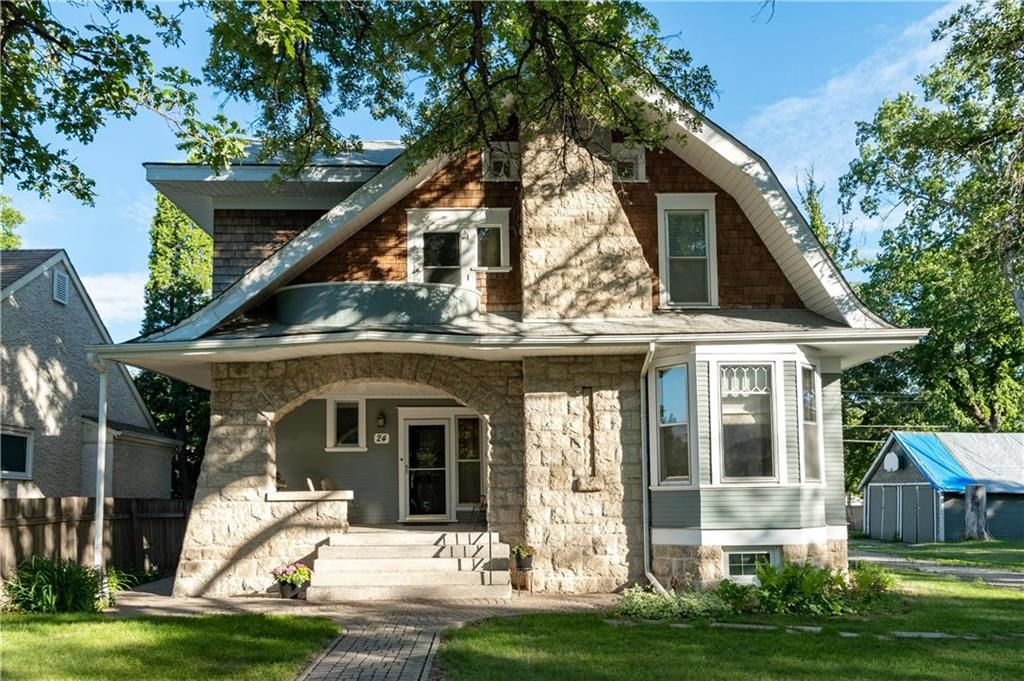 Main Photo: 24 Rosewarne Avenue in Winnipeg: Elm Park Residential for sale (2C)  : MLS®# 202115484