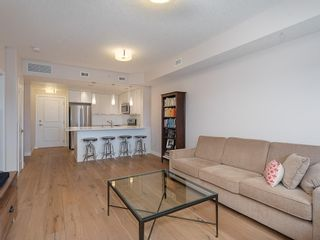 Photo 8: 403 24 VARSITY ESTATES Circle NW in Calgary: Varsity Apartment for sale : MLS®# C4194427