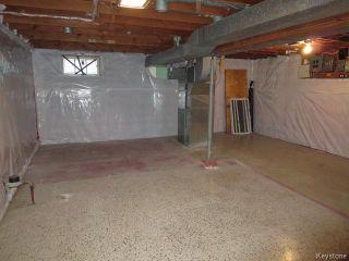 Photo 10: 404 Greene Avenue in Winnipeg: East Kildonan Residential for sale (North East Winnipeg)  : MLS®# 1530054