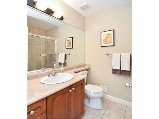 """Photo 14: 18 6238 192ND Street in Surrey: Cloverdale BC Townhouse for sale in """"BAKERVIEW TERRACE"""" (Cloverdale)  : MLS®# F1420554"""