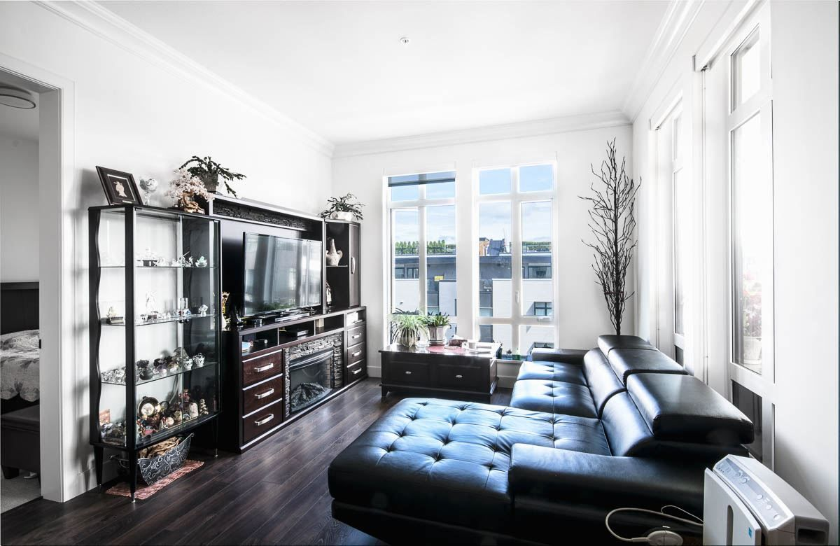 Photo 1: Photos: 607 168 E 35TH Avenue in Vancouver: Main Condo for sale (Vancouver East)  : MLS®# R2502738