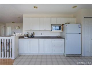 Photo 12: 6775 Danica Pl in VICTORIA: CS Martindale House for sale (Central Saanich)  : MLS®# 740131