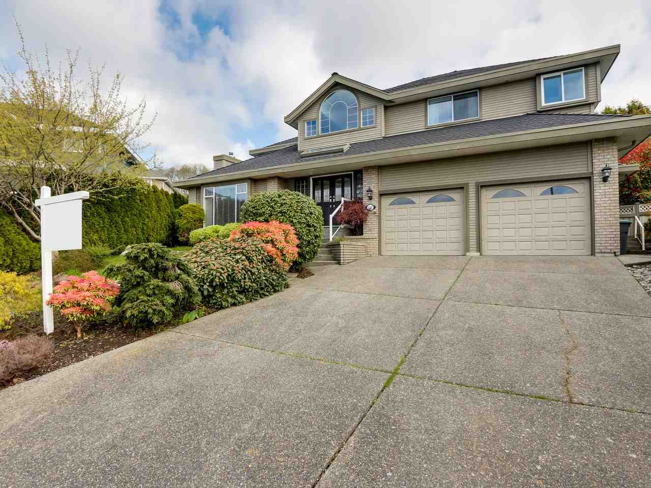 Main Photo: 13417 14 AVENUE in : Crescent Bch Ocean Pk. House for sale : MLS®# R2049382