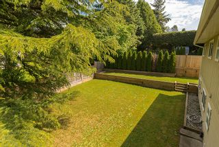 Photo 17: 18105 59A Avenue in Surrey: Home for sale : MLS®# F1442320