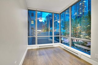 """Photo 15: 304 1228 W HASTINGS Street in Vancouver: Coal Harbour Condo for sale in """"Palladio"""" (Vancouver West)  : MLS®# R2594596"""