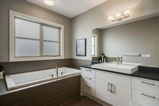 Photo 21: 30 WEXFORD Crescent SW in Calgary: West Springs Detached for sale : MLS®# C4306376