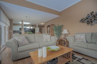 "Photo 5: 406 45520 KNIGHT Road in Sardis: Sardis West Vedder Rd Condo for sale in ""Morningside"" : MLS®# R2439105"
