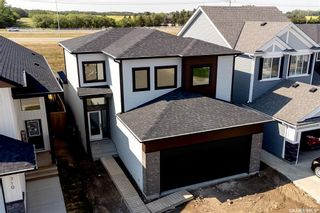 Photo 1: 306 Burgess Crescent in Saskatoon: Rosewood Residential for sale : MLS®# SK873685