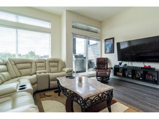 "Photo 3: 49 7811 209 Street in Langley: Willoughby Heights Townhouse for sale in ""EXCHANGE"" : MLS®# R2179349"