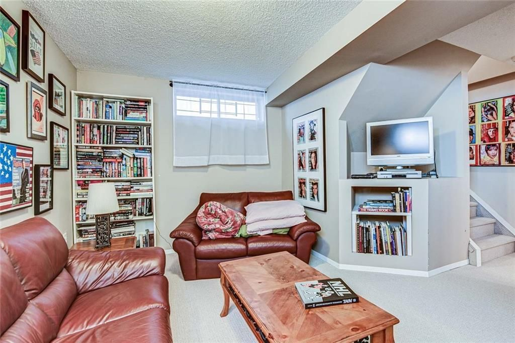Photo 18: Photos: 62 RIVERCREST Circle SE in Calgary: Riverbend Detached for sale : MLS®# C4273736