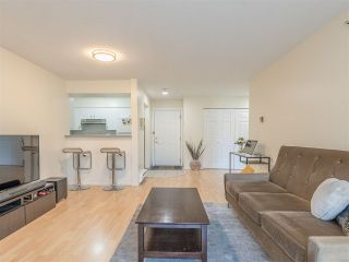 Photo 6: 301 2272 DUNDAS Street in Vancouver: Hastings Condo for sale (Vancouver East)  : MLS®# R2416205