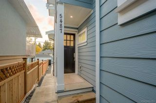 Photo 2: 5487 DUNDEE Street in Vancouver: Collingwood VE 1/2 Duplex for sale (Vancouver East)  : MLS®# R2229951