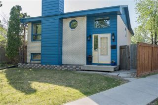 Photo 1: 2 Carriage House Road in Winnipeg: River Park South Residential for sale (2F)  : MLS®# 1810823