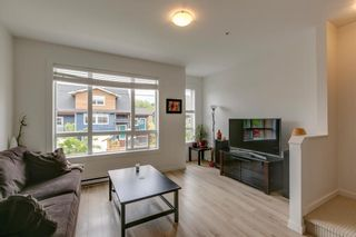 """Photo 3: 9 1188 WILSON Crescent in Squamish: Dentville Townhouse for sale in """"The Current"""" : MLS®# R2269962"""