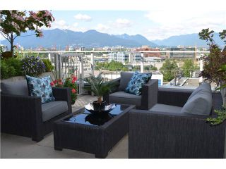 Photo 2: PH605 256 2 Avenue in Vancouver: Mount Pleasant VE Condo for sale (Vancouver East)  : MLS®# V960000